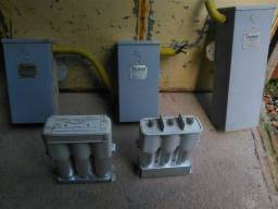 Capacitores elétricos trifásicos diversos