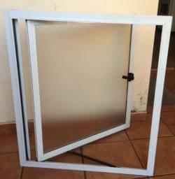Janela Maxim-ar alumínio branca nunca usada
