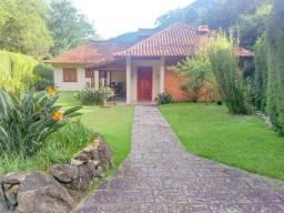 AAraras/Petrópolis - Excelente casa, muito bem planejada e agradável!