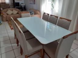 Mesa para sala de jantar com 8 cadeiras de madeira maciça