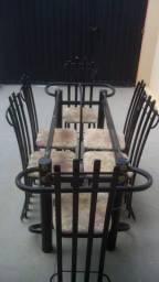Mesa com 06 cadeiras leia o anúncio completo