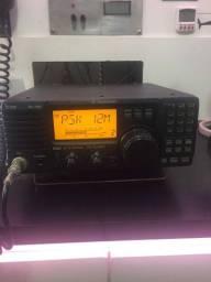 Rádio amador banda corrida  icom ic78