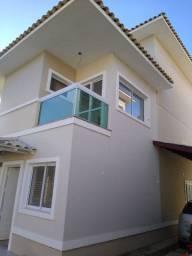 Excelente casa duplex, condomínio fechado, 4 quartos,sendo 3 suites, 4 banheiros