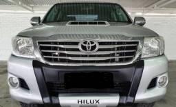 Hilux Srv 3.0 Turbo 4X4 Diesel modelo 2013