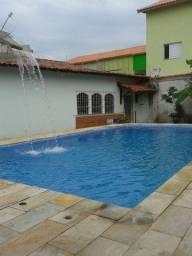 Casa com piscina em Itanhaem