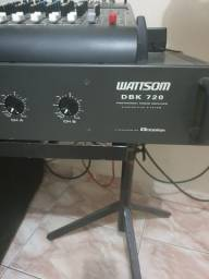 Vendo uma potência DBK 720 muito nova