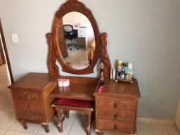 Penteadeira c/ espelho e banquinho madeira