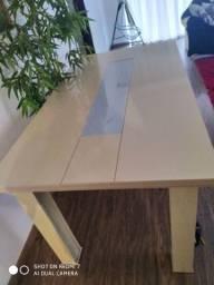 Mesa usada bege