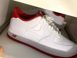 Tênis Nike Air Force 1 . 42