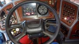 Capas costuradas na hora para volante de vans kombi caminhões ônibus