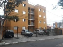 Aluga-se apartamento no Jardim Ismênia!