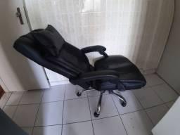 Cadeira presidente com função relax, reclinável e protetor de pescoço