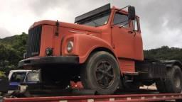 Caminhão SCANIA 111 sucata