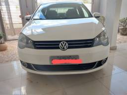 Polo sedan 1.6 confortline (Automático)