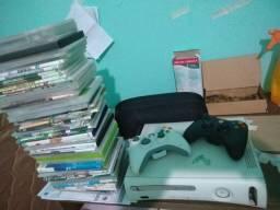 xbox 360 com 100 jogos e controle