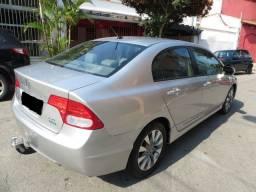 Honda civic cinza