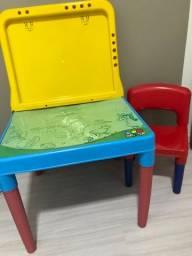 Mesa de atividades + cadeira
