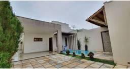 Edlene    Maravilhosa Casa com piscina bairro Santa Amélia!!!