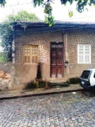 Vendo casa em Santa Teresa