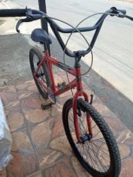 Bicicleta aro 24 .