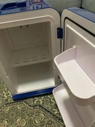 Mini Refrigerador Mobicool F15A DC/AC - 15 L - Azul