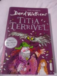 Livro Titia Terrível