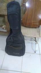 Vendo este violão..