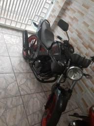 Honda Twister preta 2003 aceito troc