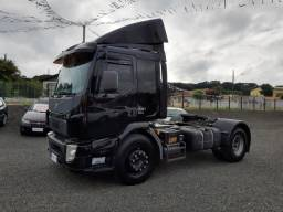 Volvo VM 330 - 2015 Autofinanciamento