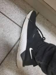 Tênis Nike Odissey