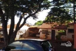 Título do anúncio: Casa com 2 dormitórios à venda, 160 m² por R$ 220.000,00 - Conjunto Habitacional Requião -