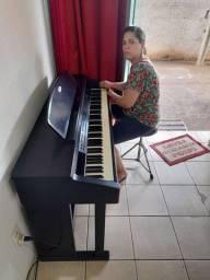 Aulas de Piano, Baixo, Teclado, Guitarra, Bateria e Canto