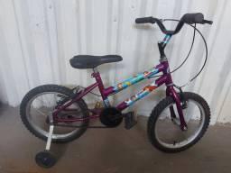 Bicicleta infantil aro 16 com rodinhas - entrego em Vila Velha