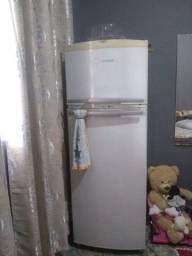 Geladeira Brastemp  clean 470 litros