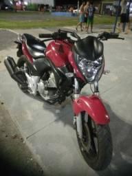 Cb300 vermelha.