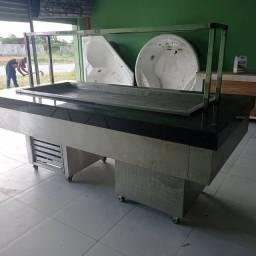 Mesa para self service