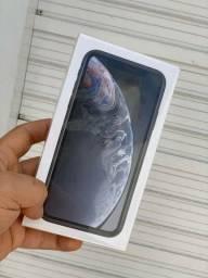 iPhone XR 64 gb lacrado não aceito trocas