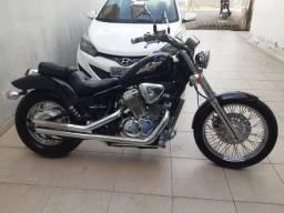 SHADOW 600 2001