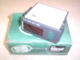 controlador digital de três estágios com alarme timer cíclico e comunicação serial