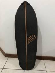 Skate com simulador de Surf LeloSkateboard