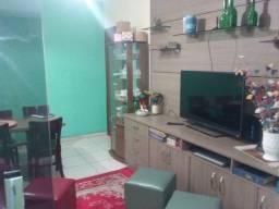 Apartamento 2 quartos, suite e 2 vagas cobertas no bairro Itatiaia.