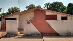 Casa no conjunto do Ica
