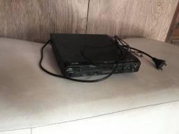 Cabo hdmi ,microfone,mesinha alumínio ,e dvd com cabo sem controle