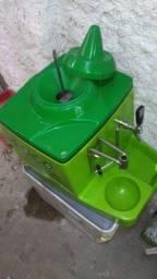 Despenser para água de côco.