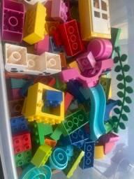 Baú com Lego