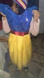 Vendo 4 vestidos de festa infantil vesti até 8 anos
