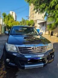Hilux 2013 srv D4-D 4x4 TDI diesel 4x4