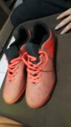 Sapato de futsal da ADIDAS ORIGINAL tamanho 41