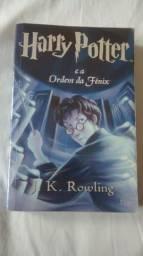 """Livro """"Harry Potter e a Ordem da Fênix"""""""