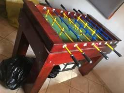 Mesa de Pebolim madeira - com 2 Bolas
